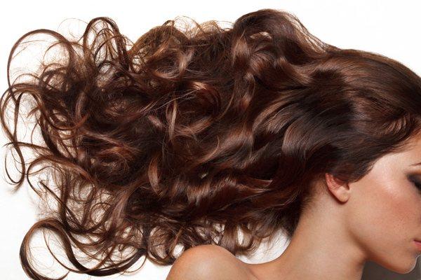 ¿Se puede frenar la caída del cabello?